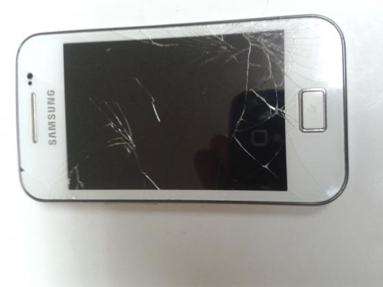 Samsung GT-S830i pametni mobilni telefon