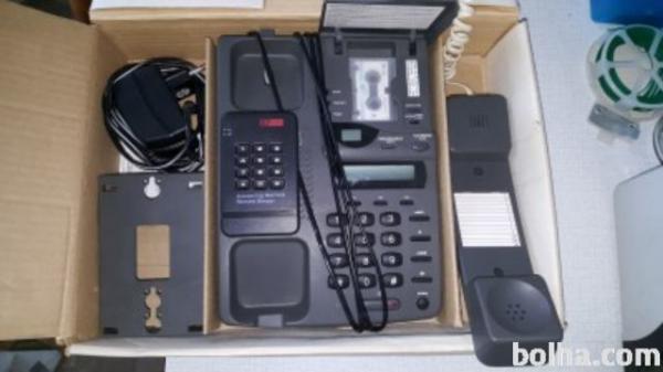 Telefon s tajnico, analoni-MFC.